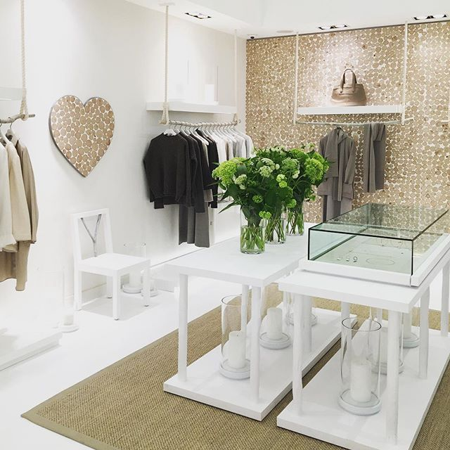 Our new Bamford store on South Audley Street is now open. Please come by to say hello and to view the full collection in our new space @bamfordjournal #southaudleystreet #mayfair #artisan #cashmere #cotton #bathandbody #organic #natural