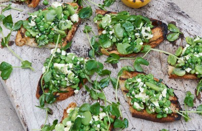 Broad-Bean,-Pea,-Mint-and-Feta-Toasts