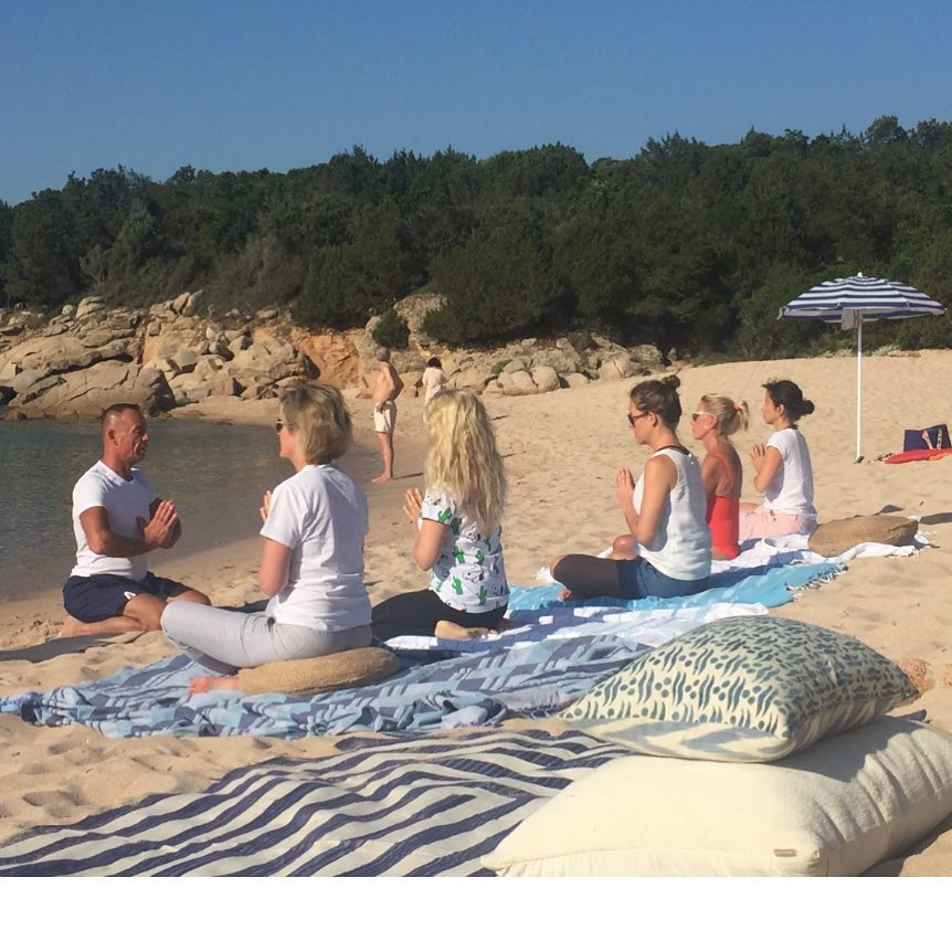 Yoga and meditation on the beach best start to the day #nature #yoga #meditation