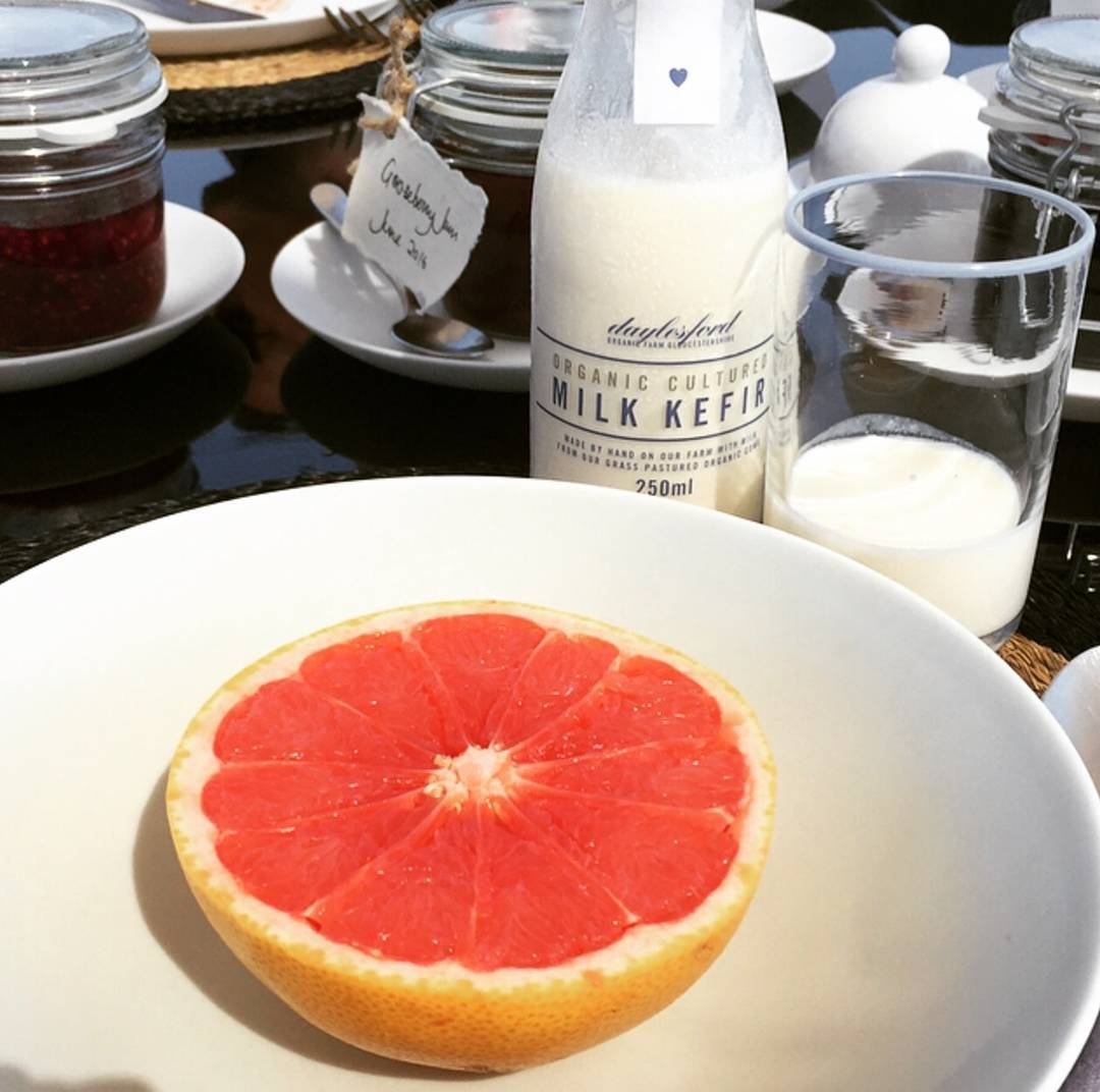 Delicious milk kefir for breakfast this morning - made from the rich organic milk of our dairy herd @daylesfordfarm #feedyourcore #Eattobehealthy #organic #nourish #nurture #dairy