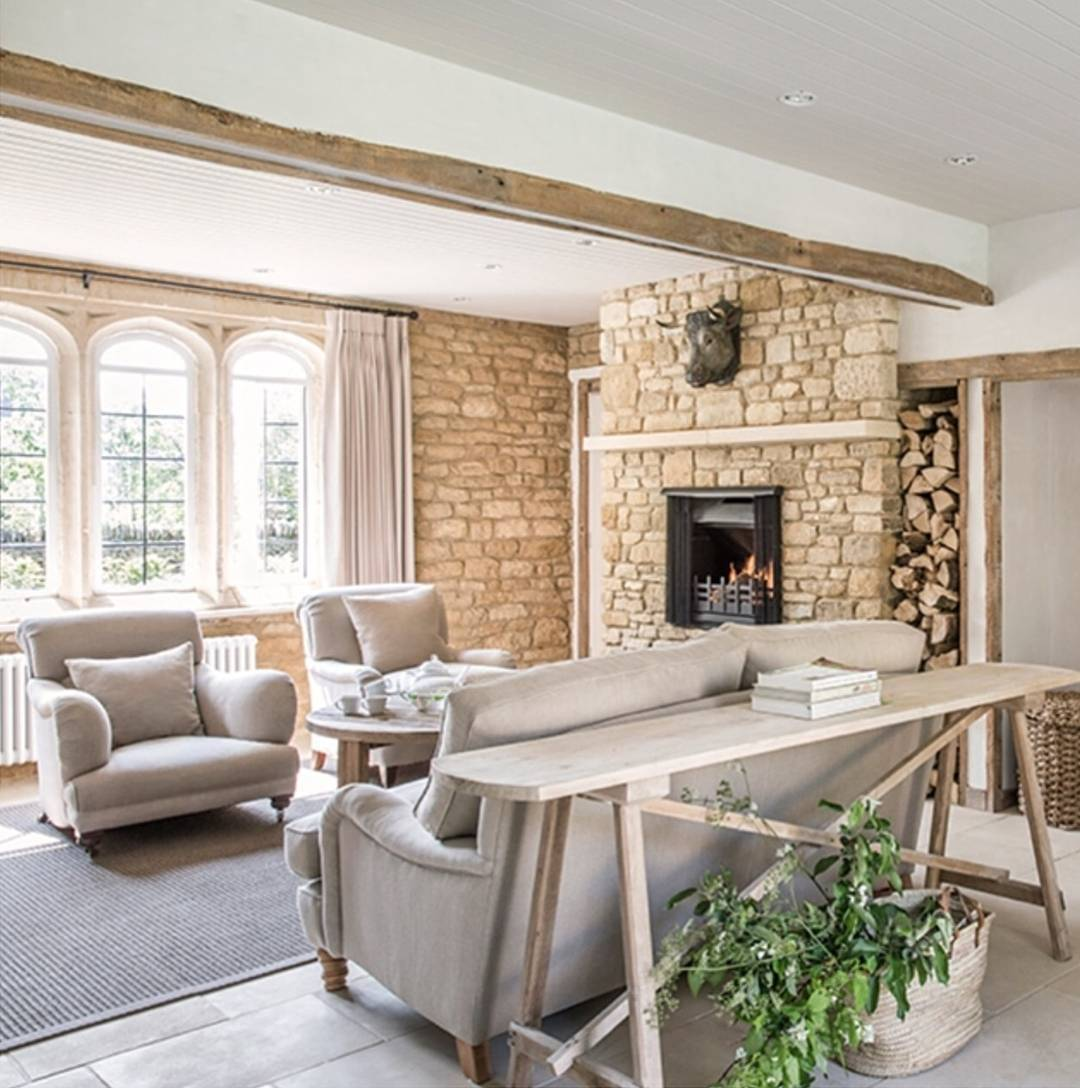 Our new Cotswold Cottages are designed as a home-from-home in the beautiful village of Kingham. Full details are on my blog or visit thewildrabbit.co.uk to book #summer #holidays #cotswolds @thewildrabbitkingham @daylesfordfarm