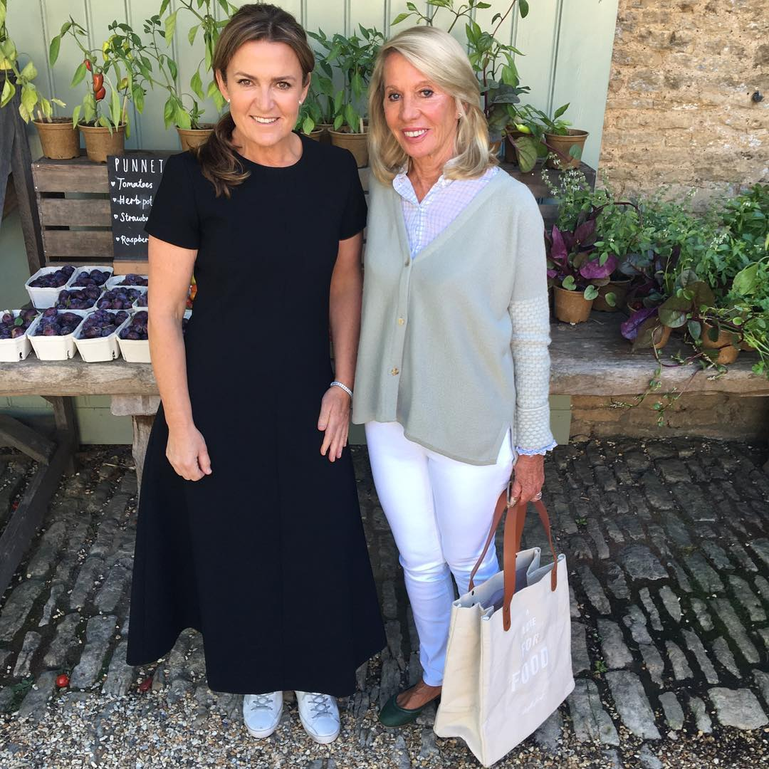 So excited to have the great Donna Hay here today with The Times . Thank you so much for coming. You have been an inspiration to me for years @donna.hay @daylesfordfarm #lifeinbalance. See daylesford.com for book signings with Donna in our London Farmshops next week. #booksigning #donnahay