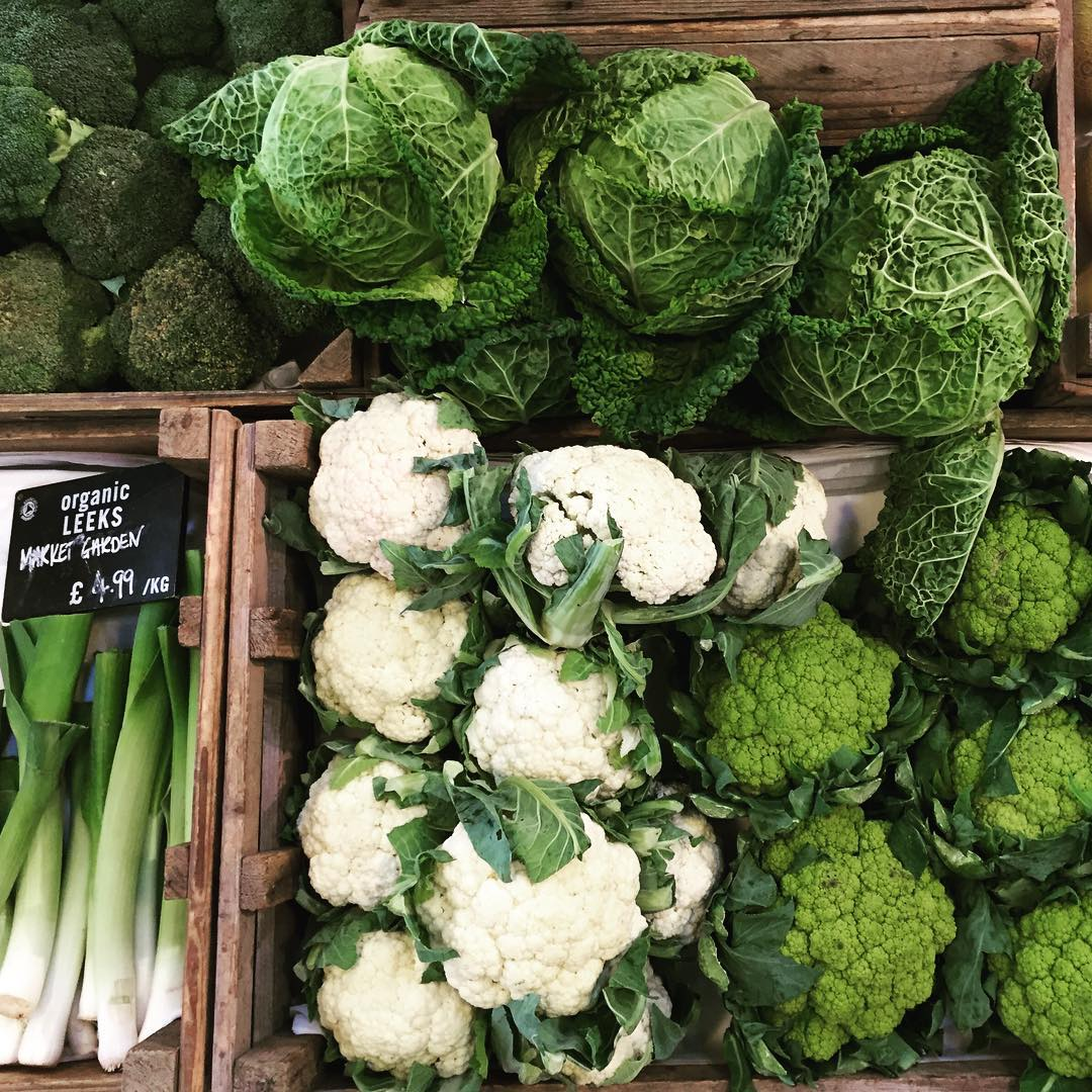 Vibrant greens in the farmshop #organic #greens #seasonal #vegetables #sustainable #farming @daylesfordfarm