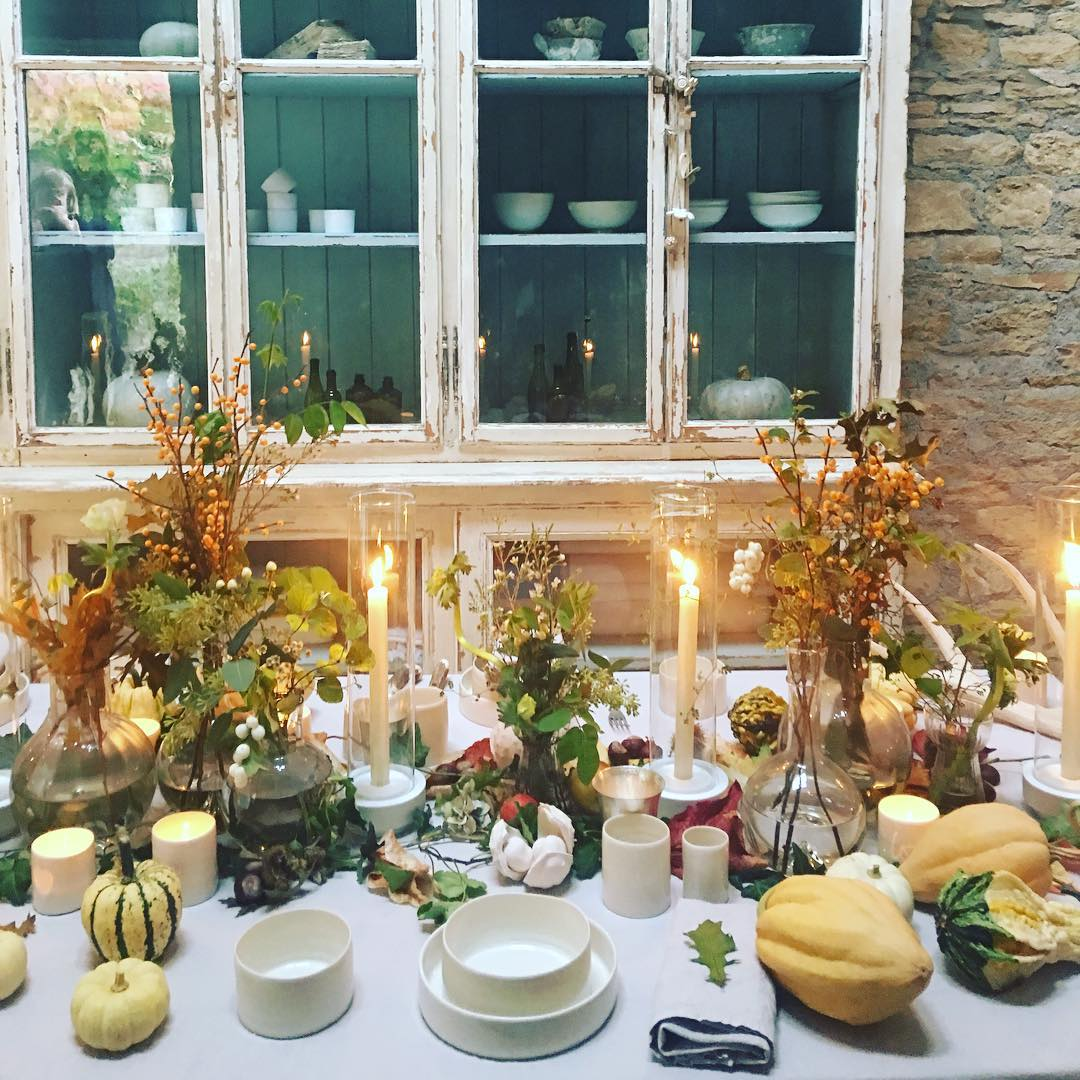 Autumn photo shoot today @bamfordjournal @daylesfordfarm #tabletop #pumpkins #autumn