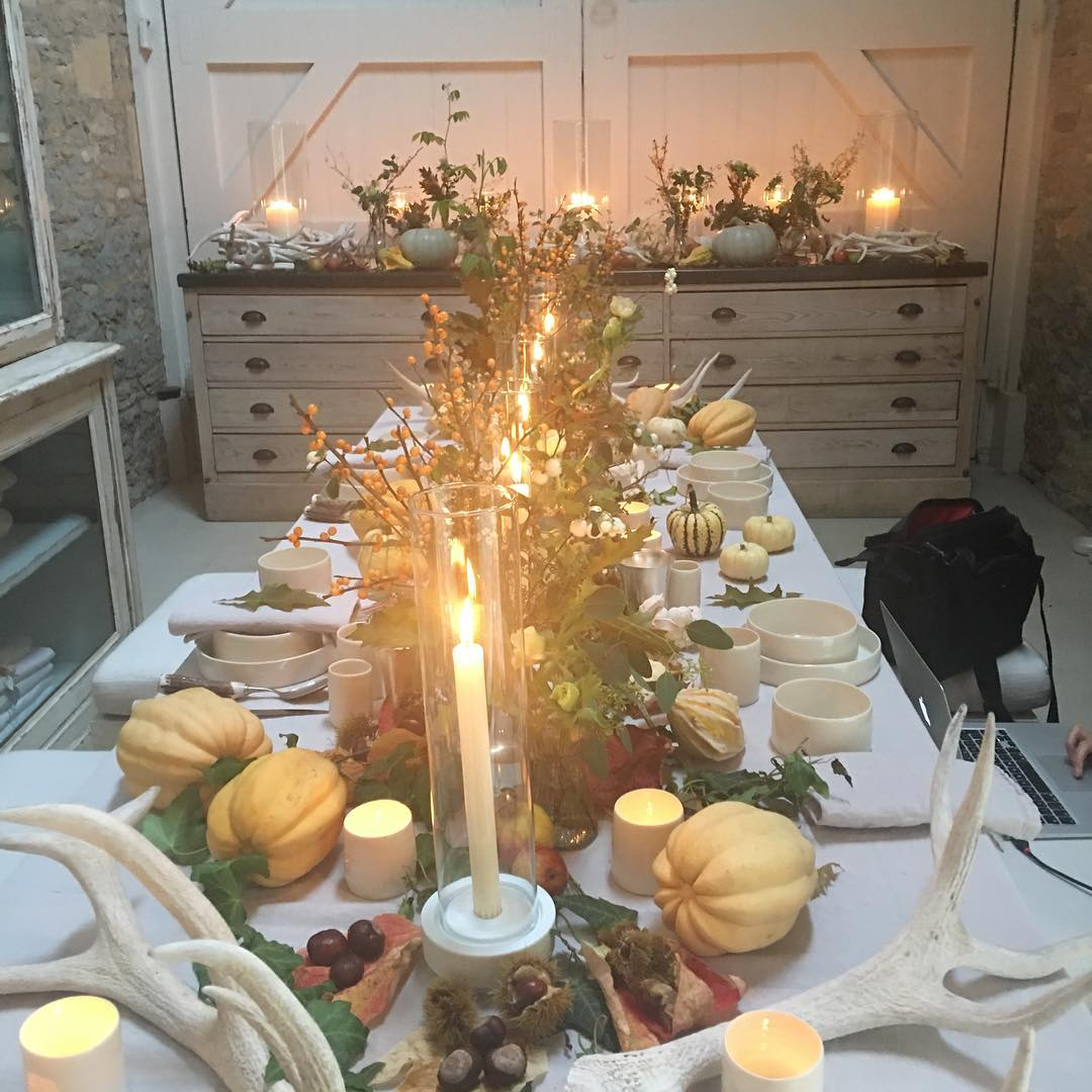 Lots of pumpkins and ideas  @daylesfordfarm for your Halloween table come along there is pumpkin carving and lots of fun for the family #halloween #pumpkins  #autumn  #cotswolds