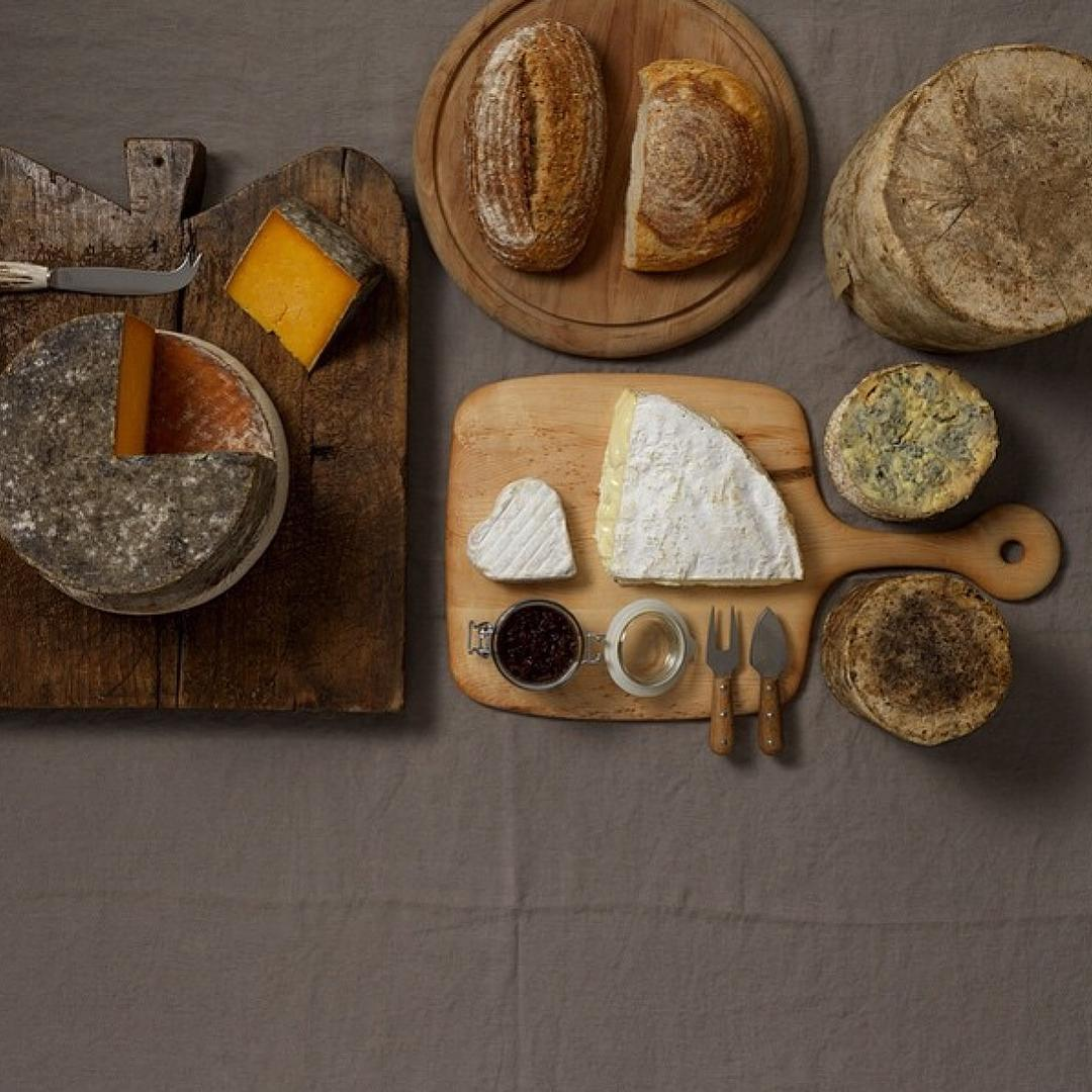 Congratulations to our team of artisan cheese makers for being awarded a Gold, Silver and Bronze at the World Cheese Awards. So happy and proud. #worldcheeseawards #doublegloucester #singlegloucester #Daylesfordblue #organic #cheese #cotswolds @daylesfordfarm