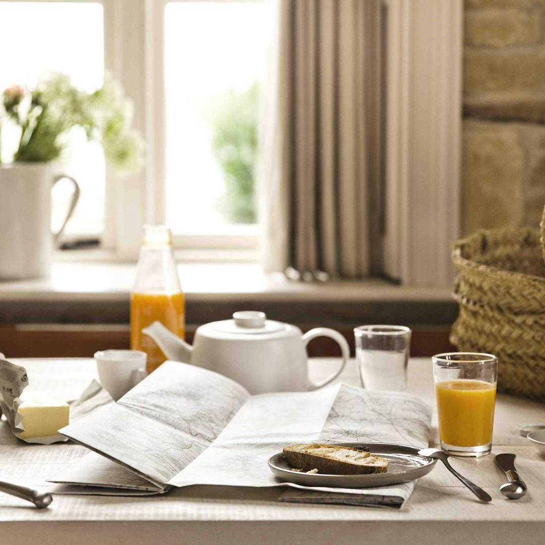 A day for enjoying a long breakfast, while reflecting on the year ahead  #bankholiday #newyear #breakfast #cotswolds #cottages @daylesfordfarm