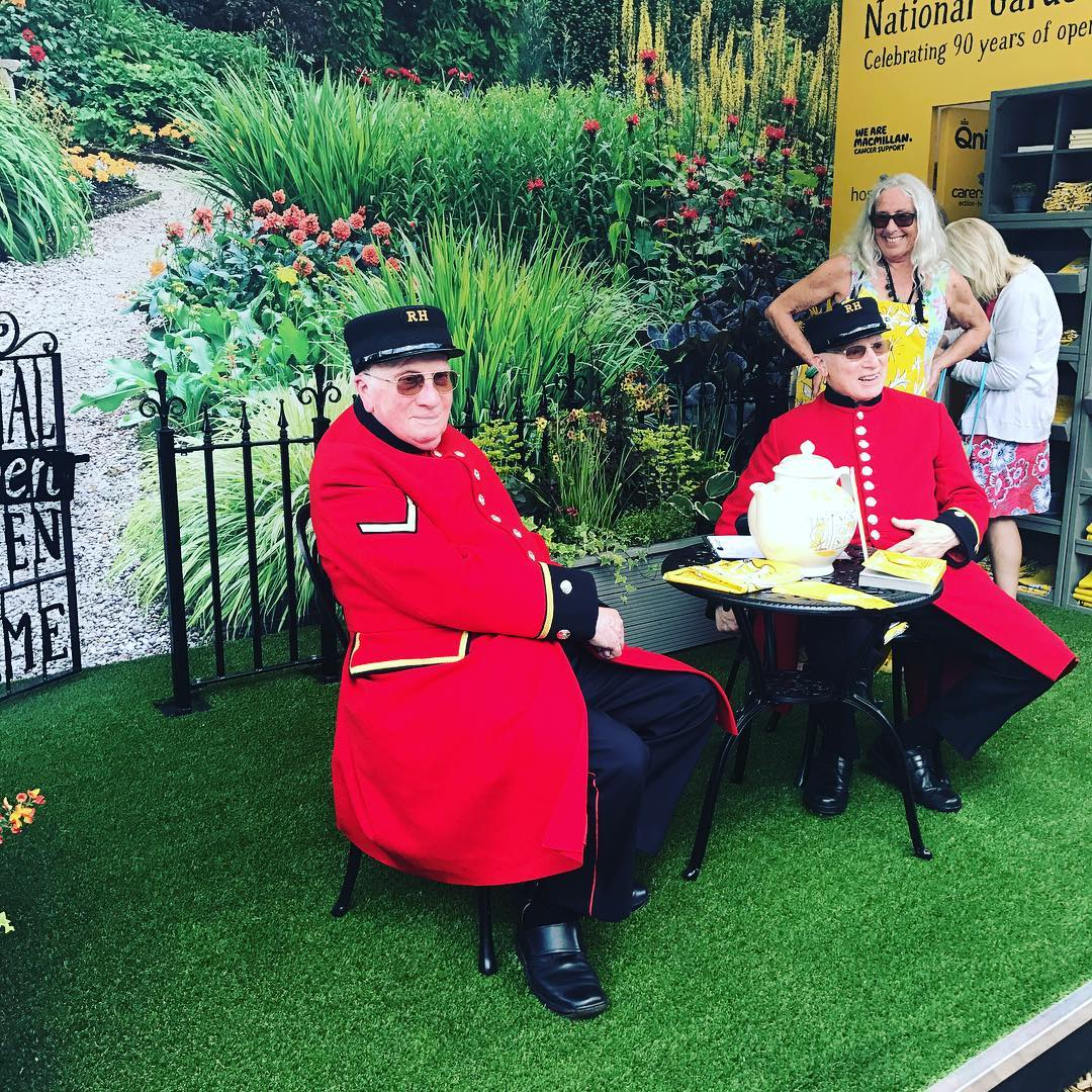 Thank God for the Chelsea pensioners. A rare sight today but just so we remember. #chelseaflowershow2017