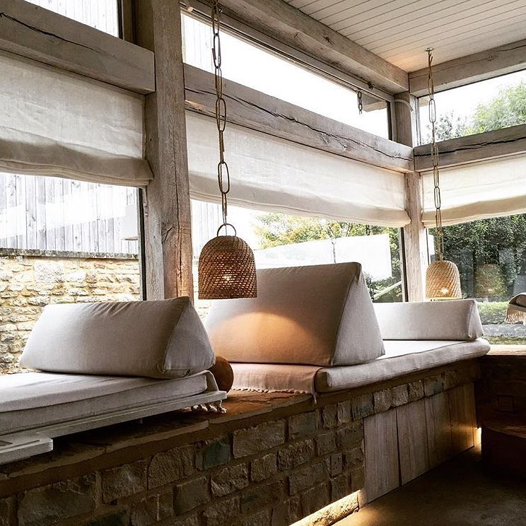 A peaceful spot for a moment of quiet in the @bamfordhaybarnspa at @daylesfordfarm. So hope you enjoyed your first meditation class @cotswoldslife – lovely photo #spa #wellbeing #wellness