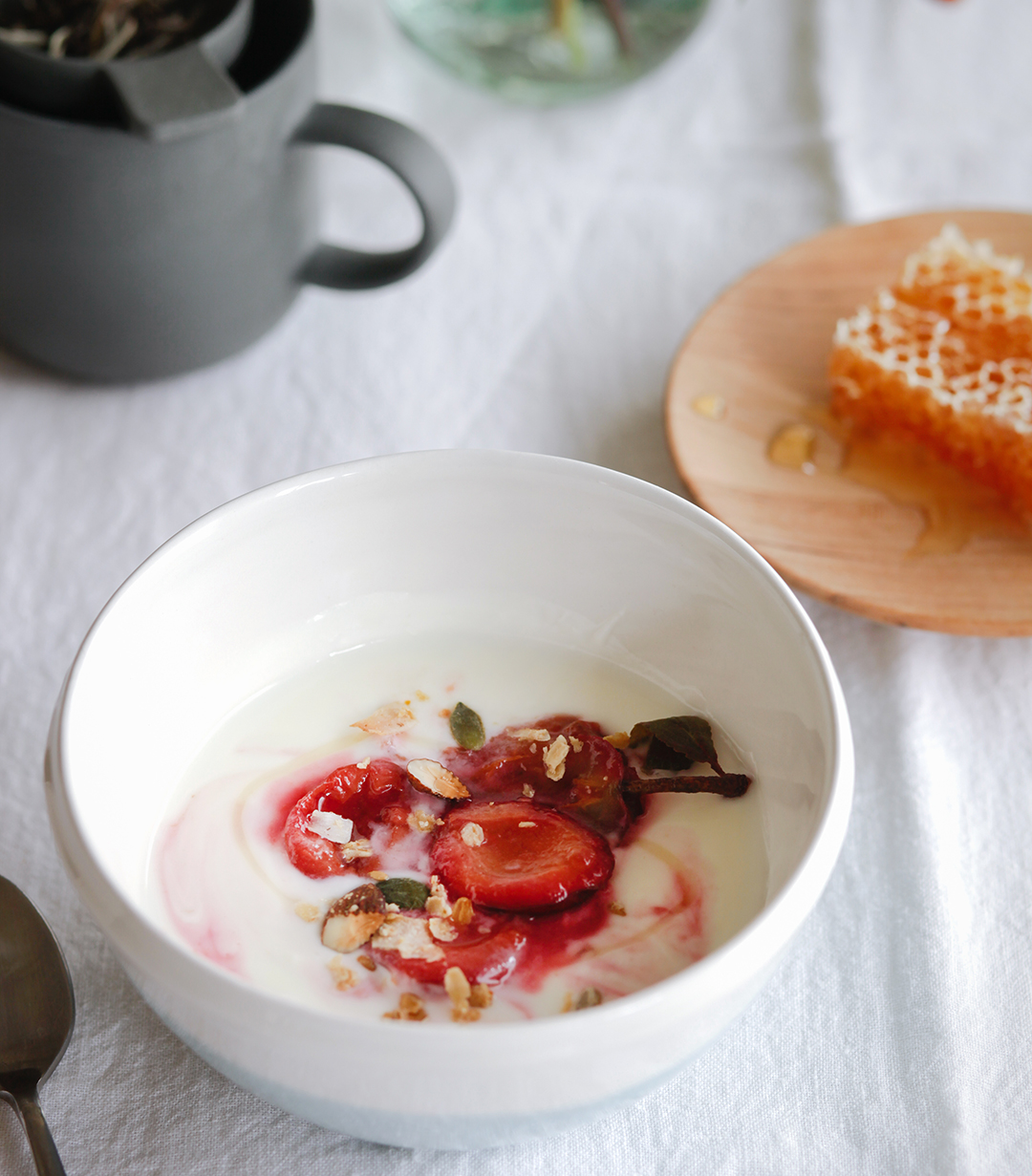 EBOOK Plum Compote with Yoghurt